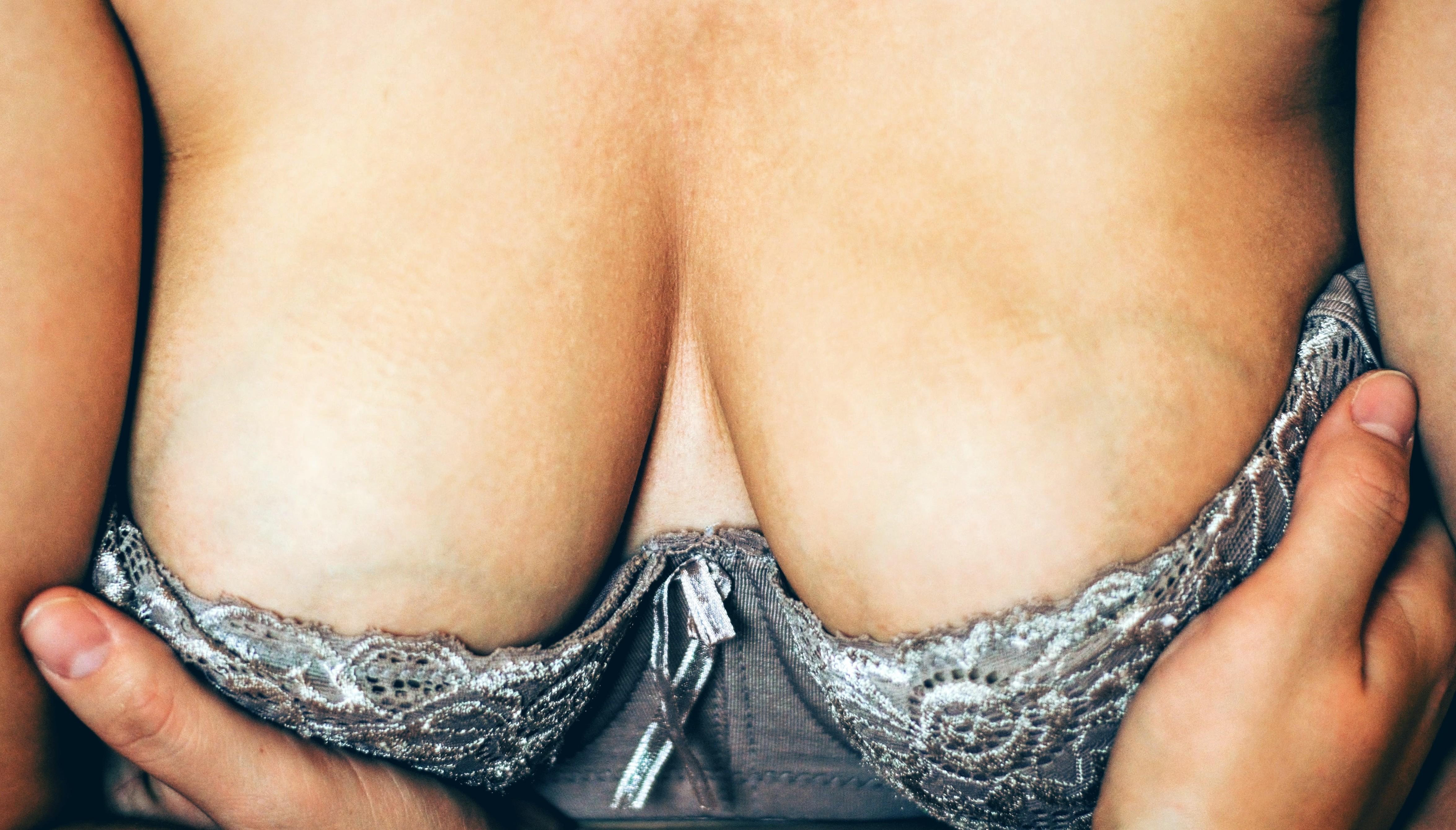 Czykarmienie piersią boli?
