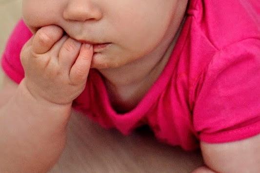 Kiedy dziecko wymaga karmienia piersią inaczej