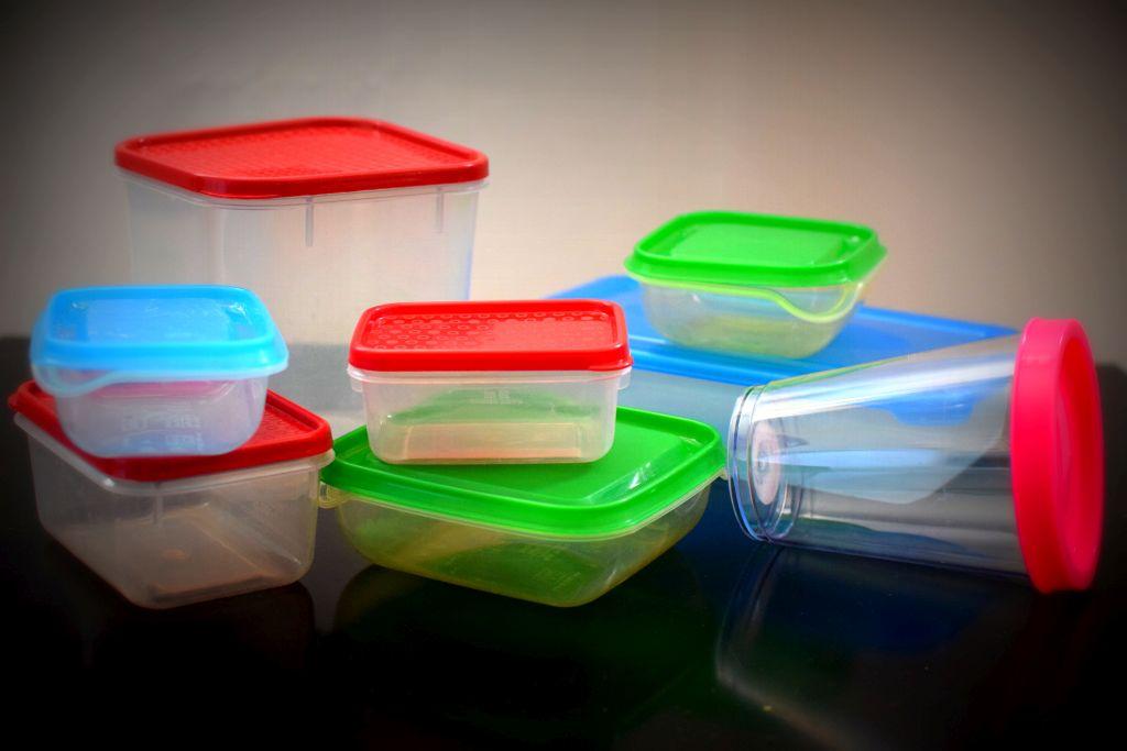 Opojemnikach plastikowych – wywiad zekspertem