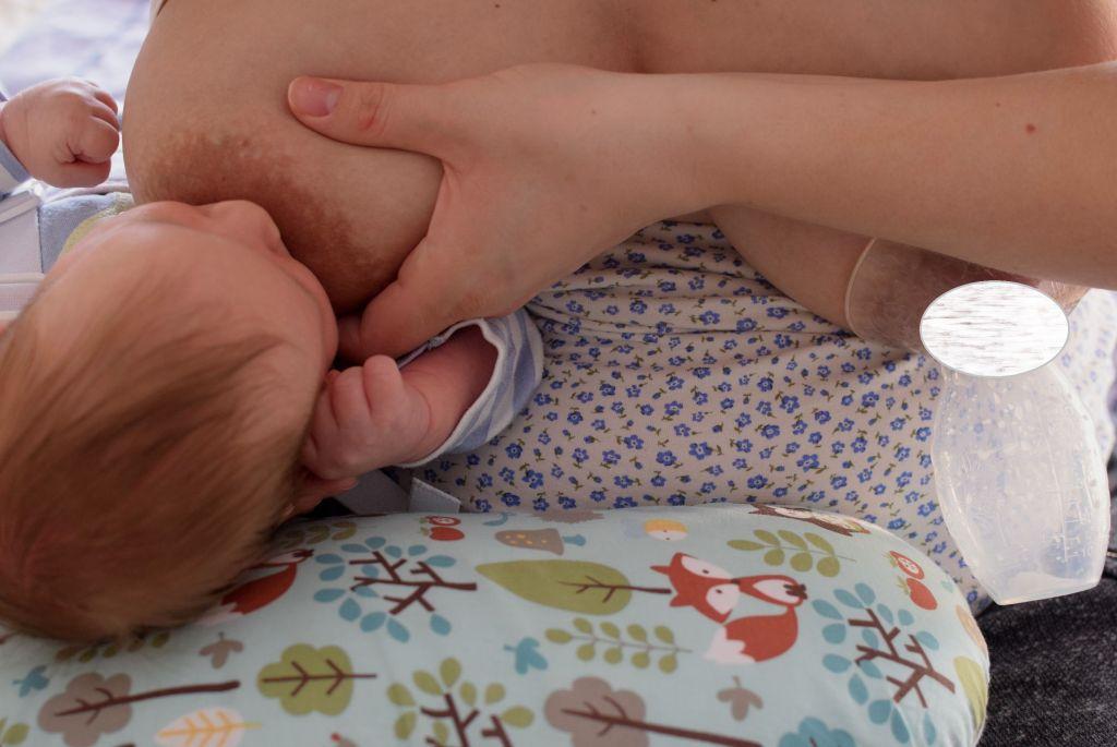 Karmienie piersią azwiększenie podaży mleka