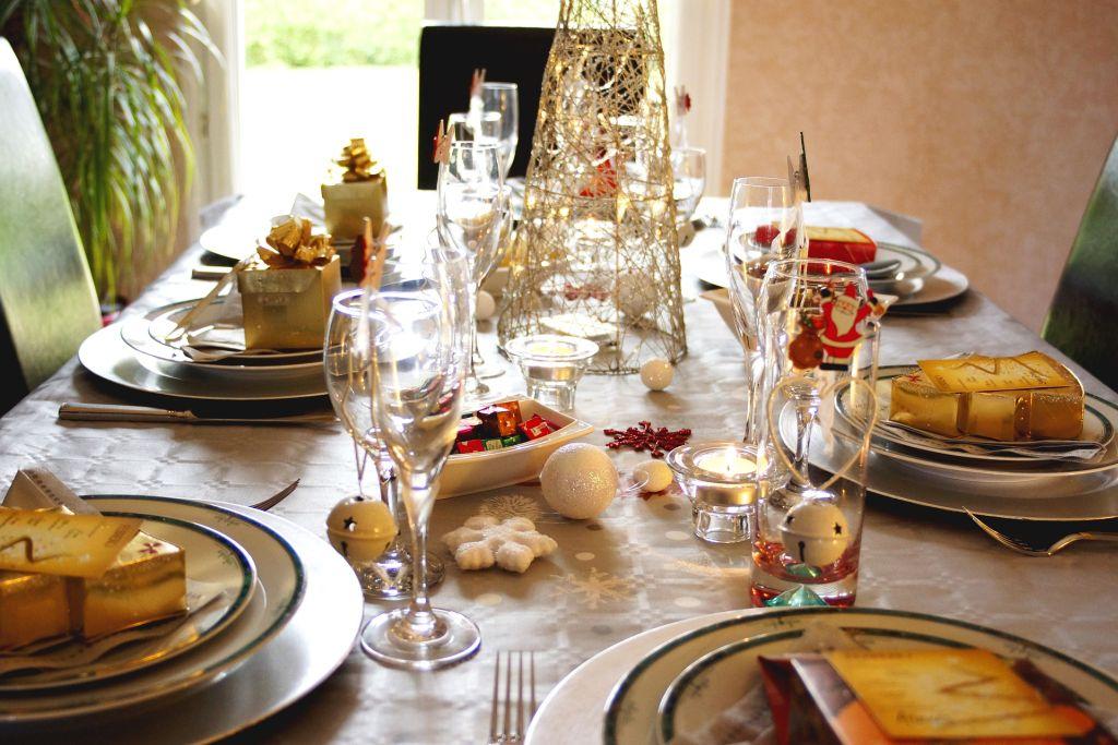 Niejedz kapusty, bo dziecko będzie miało kolkę…- czyli matka karmiąca przy świątecznym stole