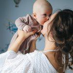 Bezprzystawiania dziecka dopiersi mleko matki niezmienia swojego składu – mit
