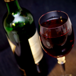 Czyczerwone wino leczy endometriozę?